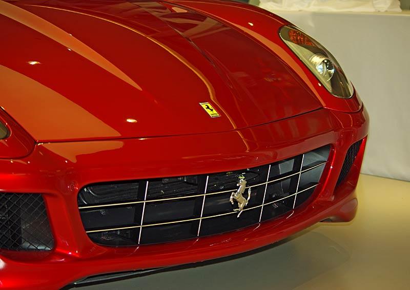 Felipe Massa otevřel v Praze showroom Ferrari: - fotka 20