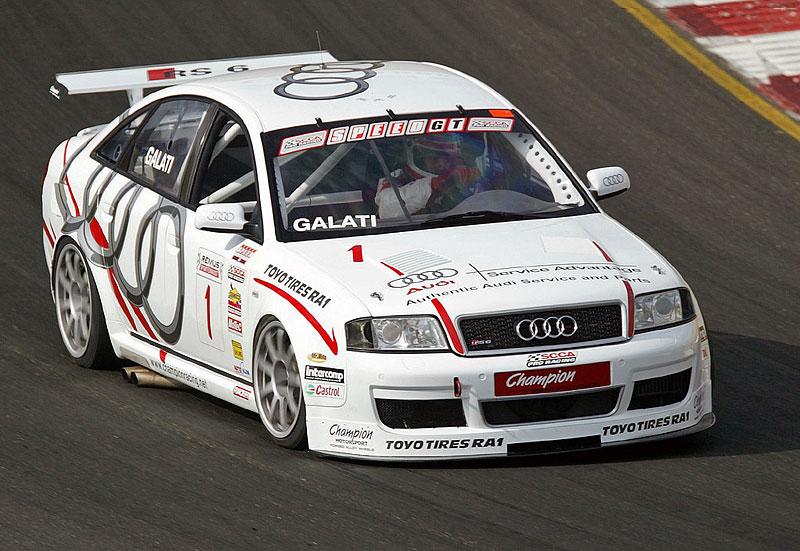 Pod lupou: Audi RS 6: - fotka 24