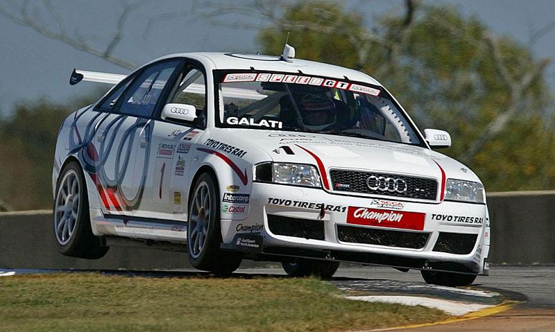 Pod lupou: Audi RS 6: - fotka 25