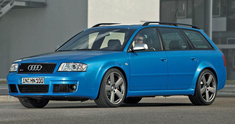 Pod lupou: Audi RS 6: - fotka 30