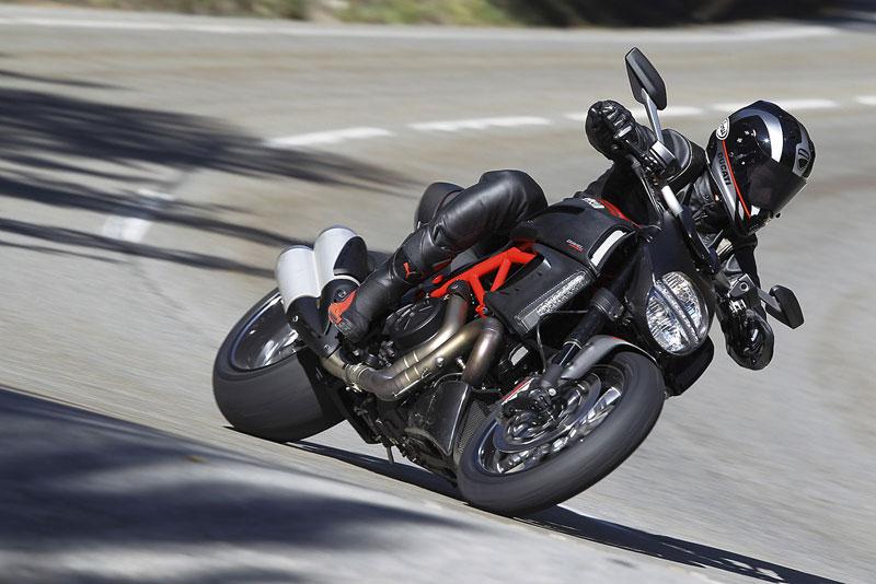 Oficiální představení Ducati Diavel: - fotka 59