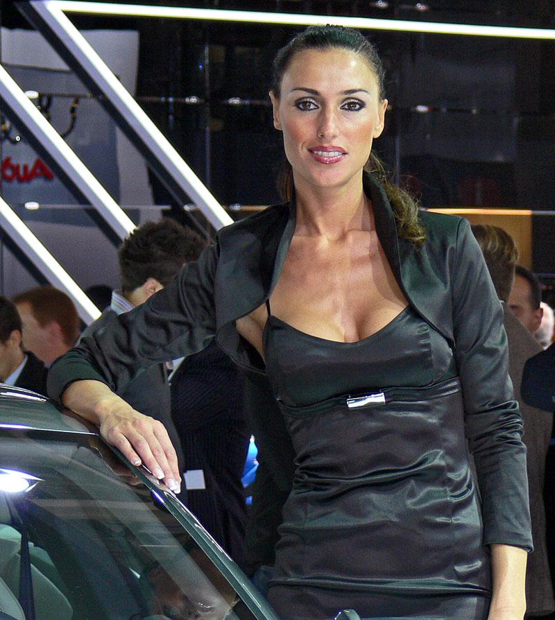 Pařížské modelky do třetice všeho dobrého: - fotka 14