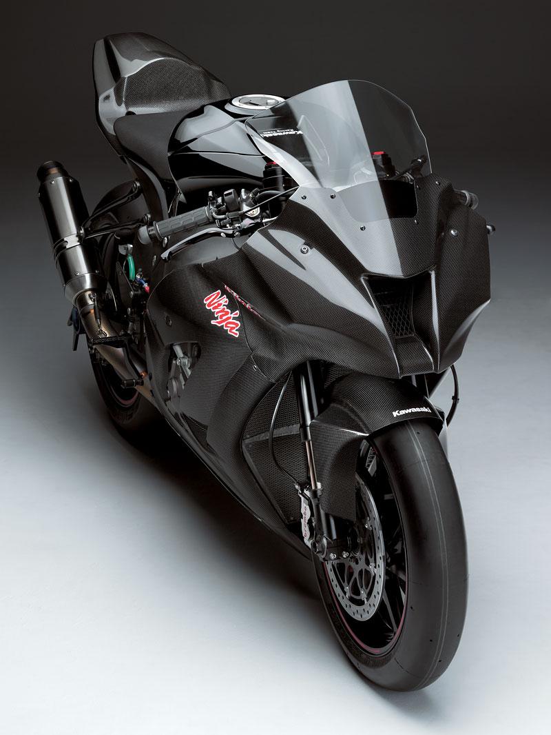 Kawasaki ZX-10R Ninja 2011 – první odhalení: - fotka 1