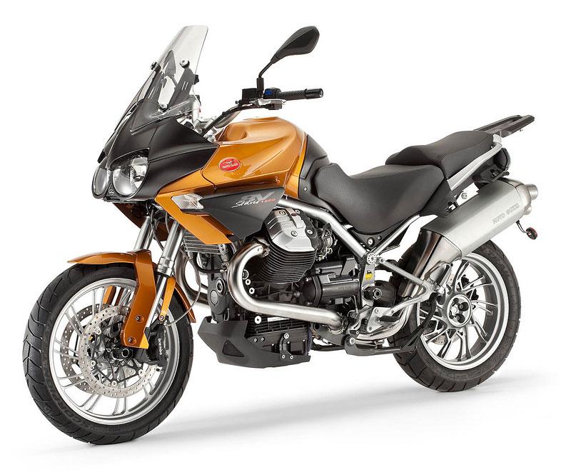 Moto Guzzi 2011 – Stelvio v novém kabátě: - fotka 4