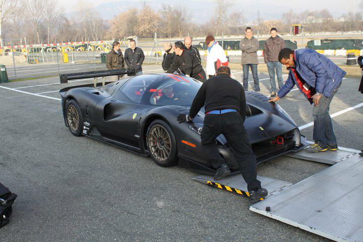 Ferrari P4/5 Competizione poprvé na trati: - fotka 4