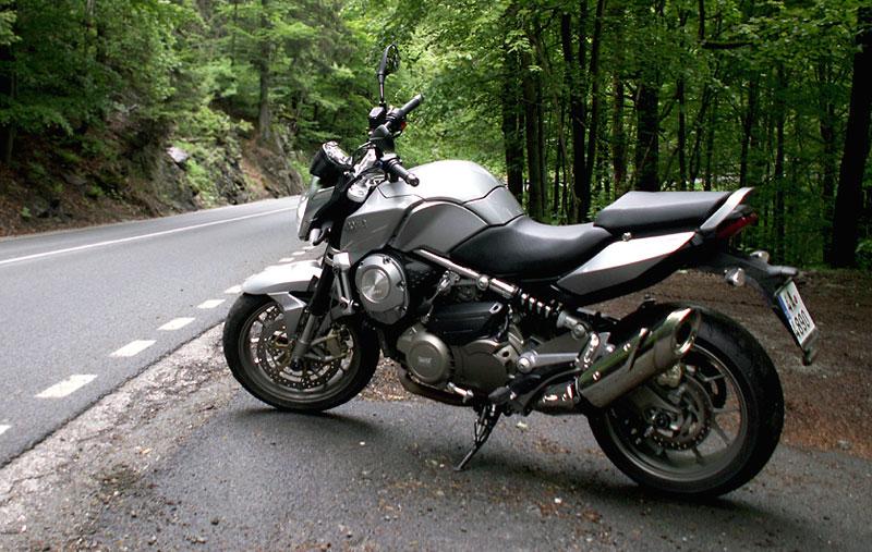 Aprilia a Moto Guzzi den 2008: - fotka 20