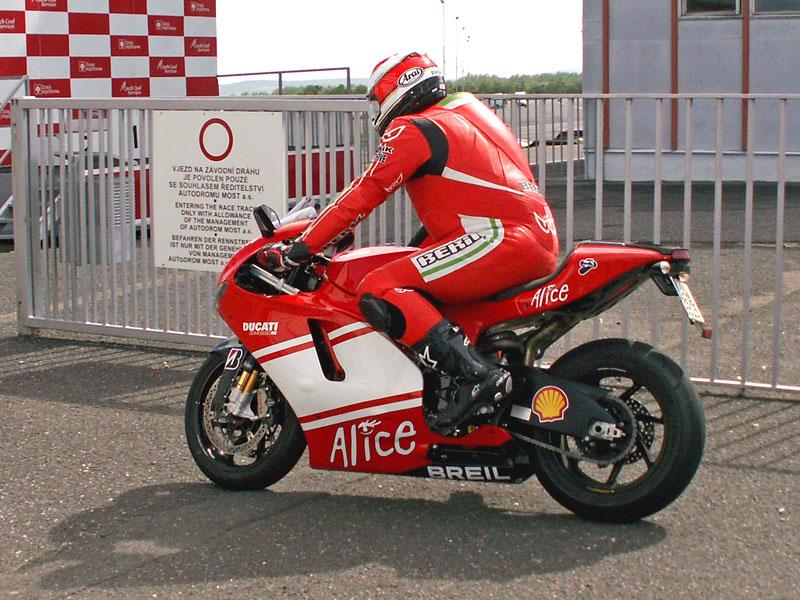 Ducati den - Autodrom Most 2009: - fotka 21