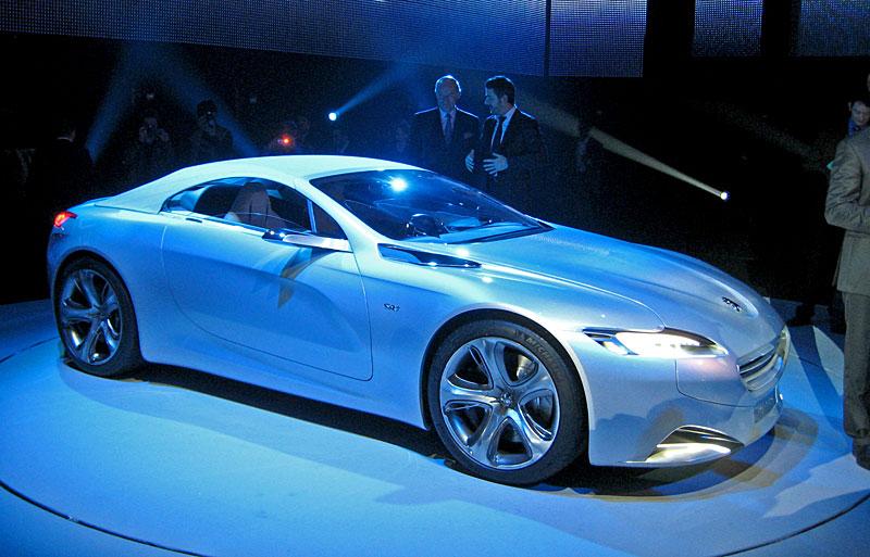 Koncept SR1: nová image Peugeotu přichází: - fotka 27