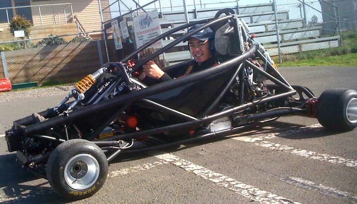 Hyper PRO Racer: Supermotokára s hmotností jen 160 kilogramů!: - fotka 4