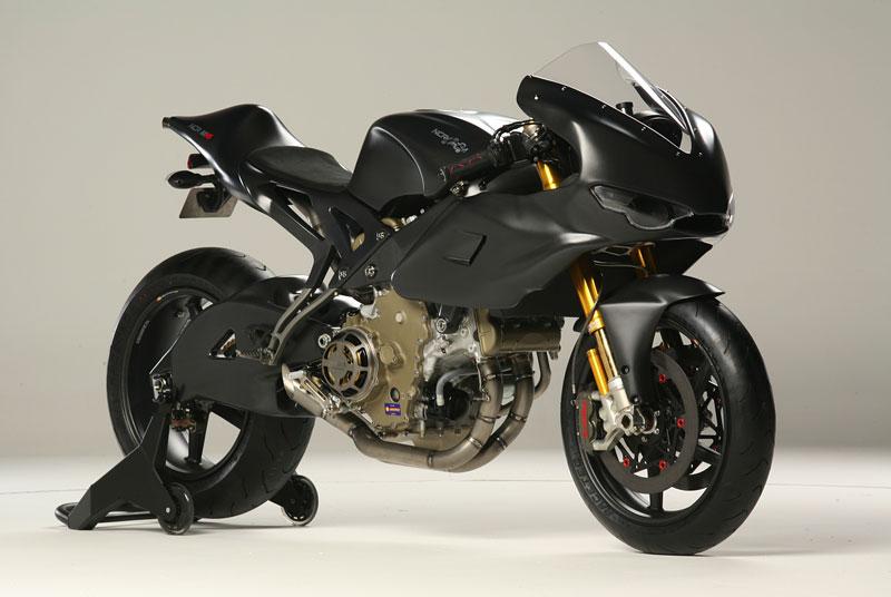 NCR M16: Ducati Desmosedici RR po zásahu dvorního ladiče: - fotka 5