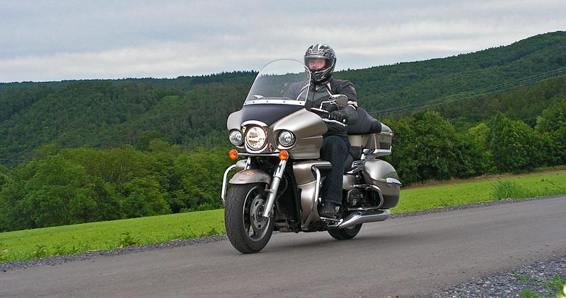 Test: Kawasaki VN1700 Voyager a srovnání s Harley-Davidson Electra Glide: - fotka 10