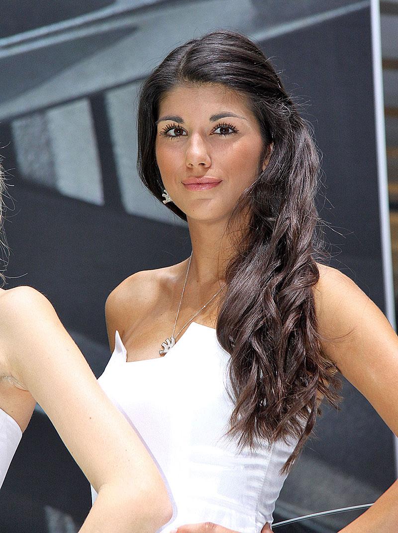 Ženeva 2014: Modelky (+ video): - fotka 61