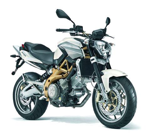Motocykl roku 2008: vyhrajte Aprilii Pegaso: - fotka 22