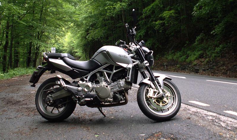 Aprilia a Moto Guzzi den 2008: - fotka 21