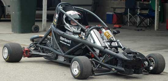 Hyper PRO Racer: Supermotokára s hmotností jen 160 kilogramů!: - fotka 5