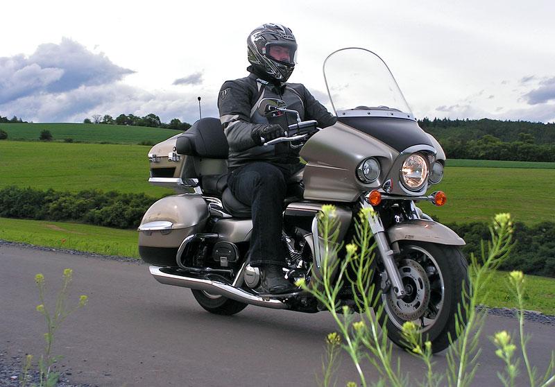 Test: Kawasaki VN1700 Voyager a srovnání s Harley-Davidson Electra Glide: - fotka 11