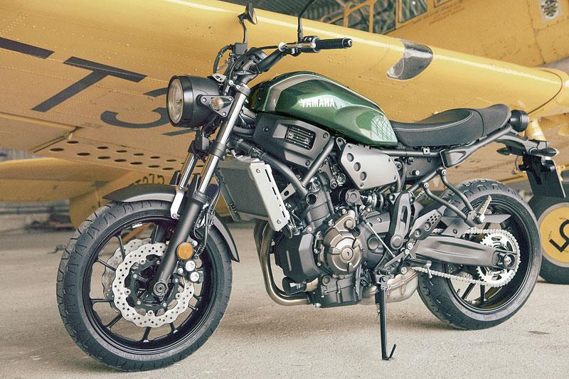 Yamaha XSR700: Rychlý potomek: - fotka 5