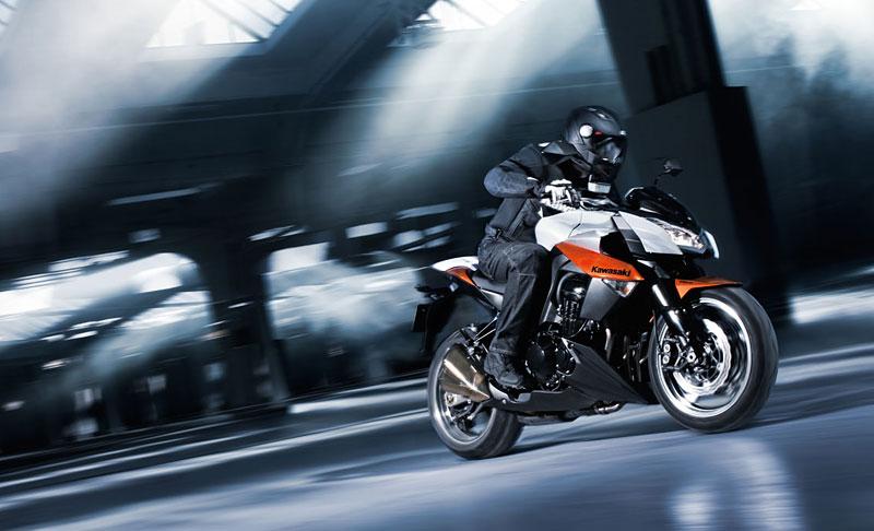 Kawasaki Z1000 - Velký Zed opět na scéně (představení): - fotka 7