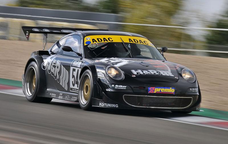 Essen Motor Show 2010: velká fotogalerie závodních aut: - fotka 24