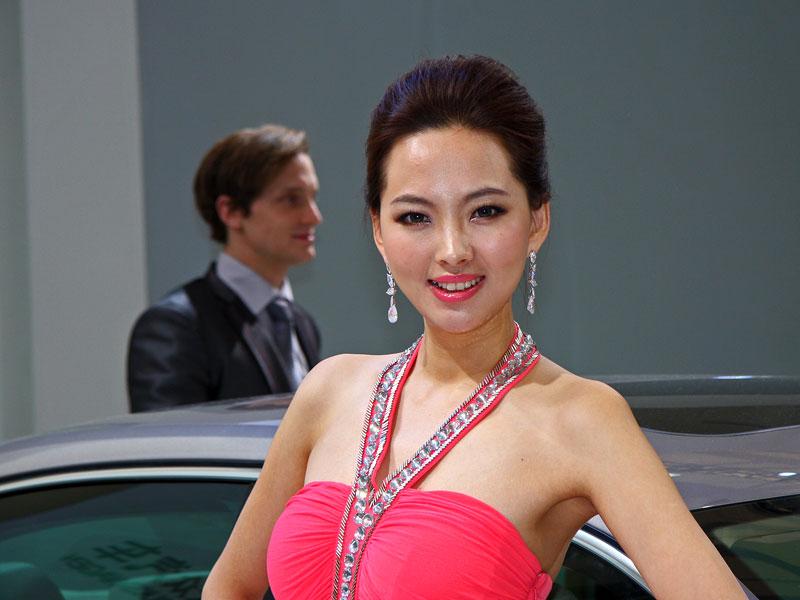 Šanghaj 2011: Babes: - fotka 21