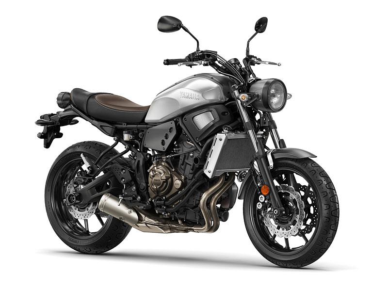 Yamaha XSR700: Rychlý potomek: - fotka 9