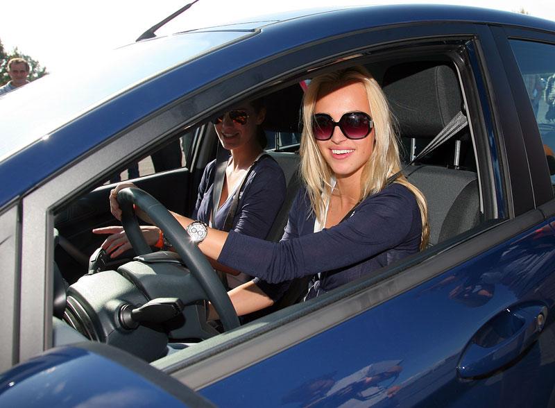 Missky za volantem Fordu Fiesta: - fotka 54