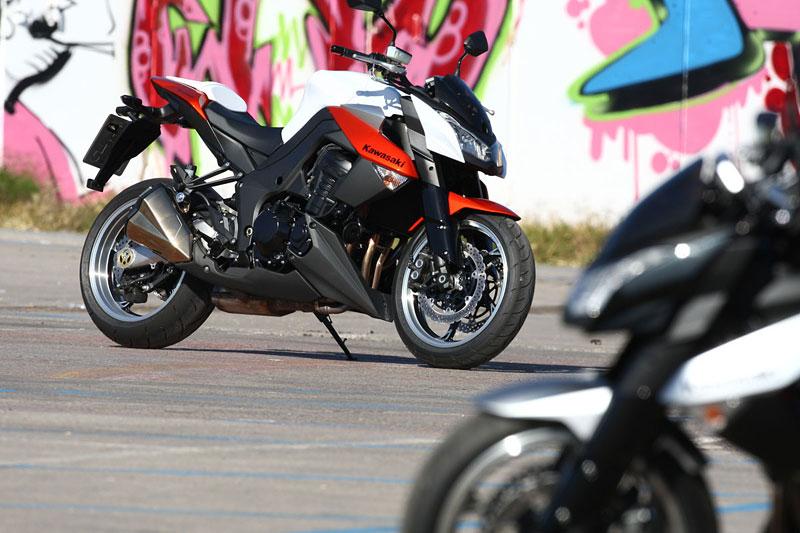 Kawasaki Z1000 - Velký Zed opět na scéně (představení): - fotka 9