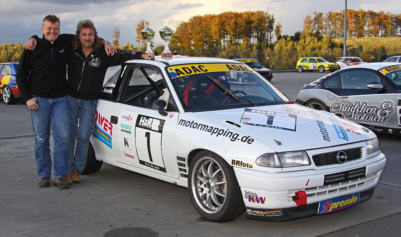 Essen Motor Show 2010: velká fotogalerie závodních aut: - fotka 27