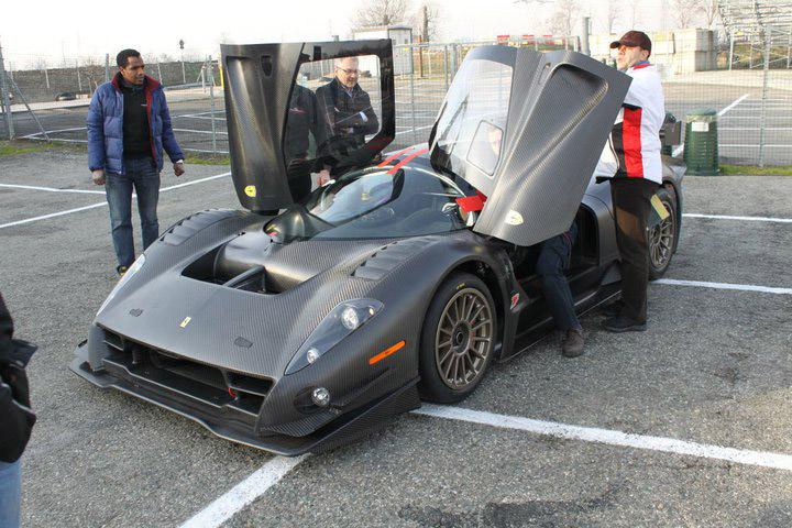 Ferrari P4/5 Competizione poprvé na trati: - fotka 10