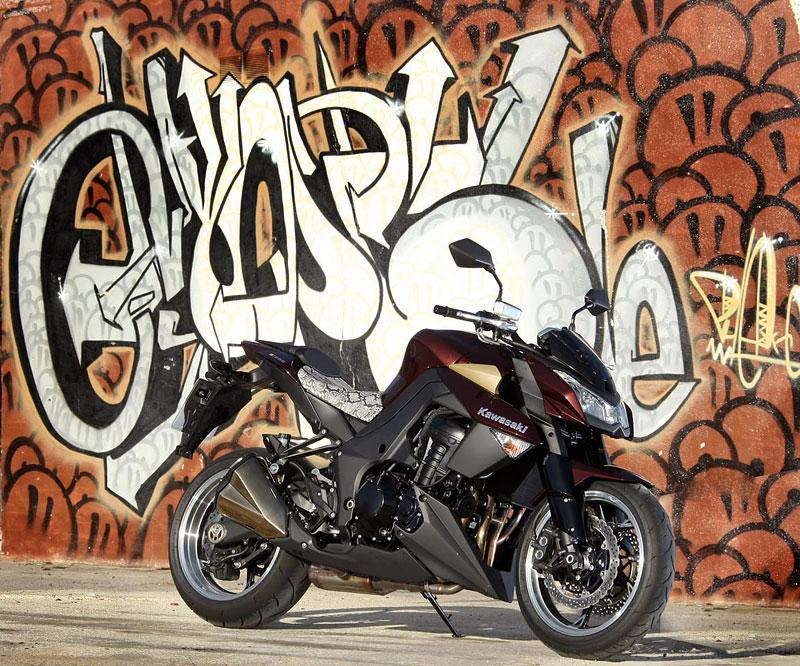 Kawasaki Z1000 - Velký Zed opět na scéně (představení): - fotka 38