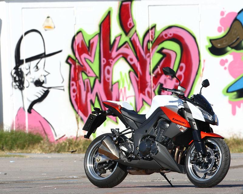 Kawasaki Z1000 - Velký Zed opět na scéně (představení): - fotka 40