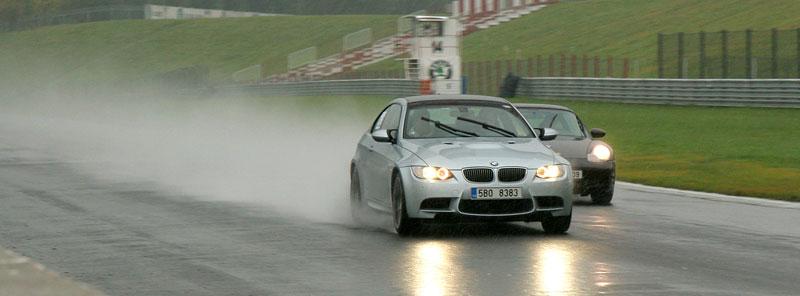 Přijďte na největší setkání sportovních aut u nás: - fotka 27