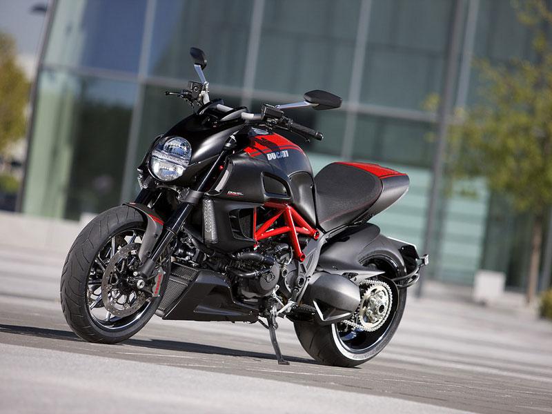 Oficiální představení Ducati Diavel: - fotka 19