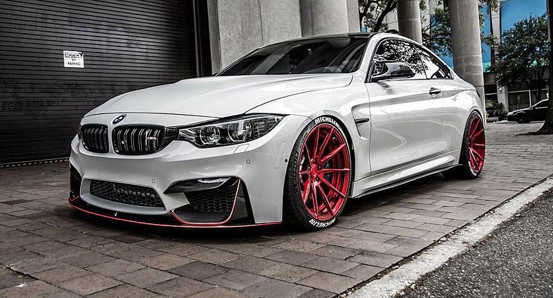 BMW M4 Coupé: Sněhobílý dravec s extrémním výkonem: - fotka 9