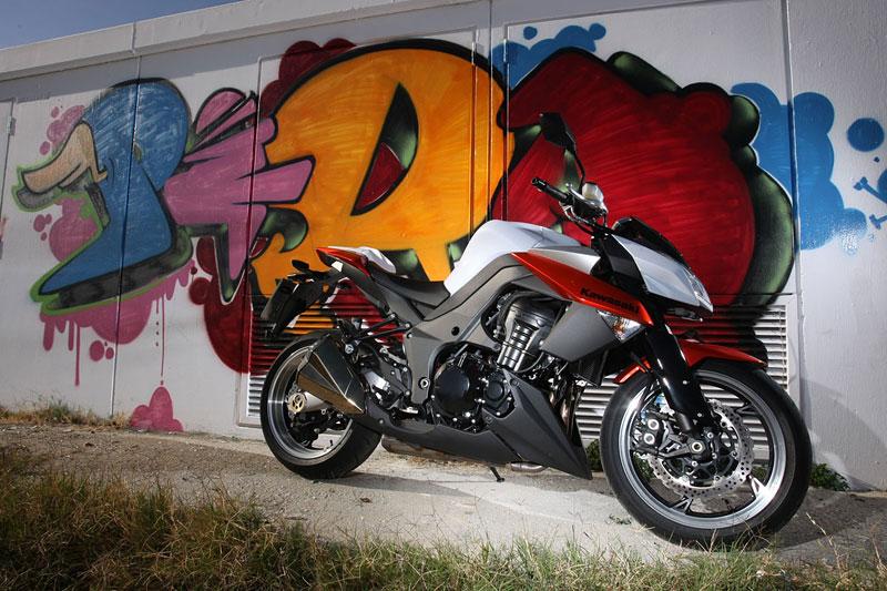Kawasaki Z1000 - Velký Zed opět na scéně (představení): - fotka 45