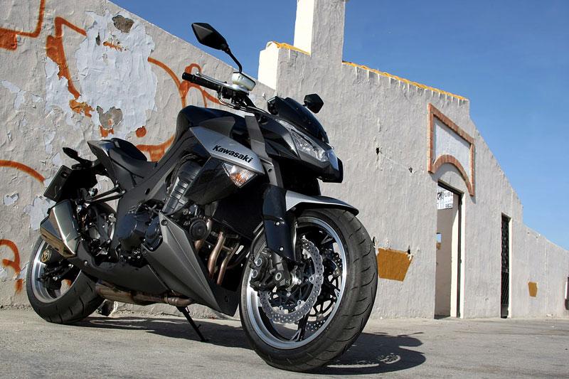 Kawasaki Z1000 - Velký Zed opět na scéně (představení): - fotka 46