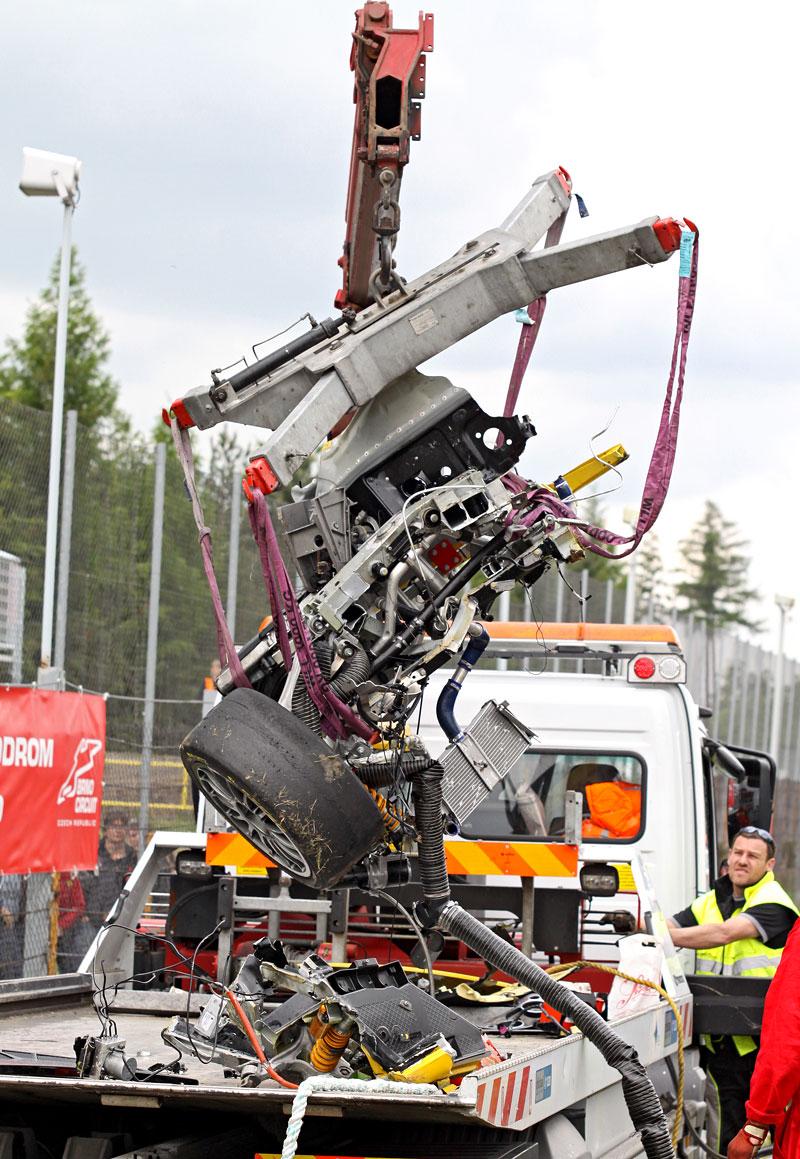 FIA GT: ošklivá havárie při závodě v Brně: - fotka 29