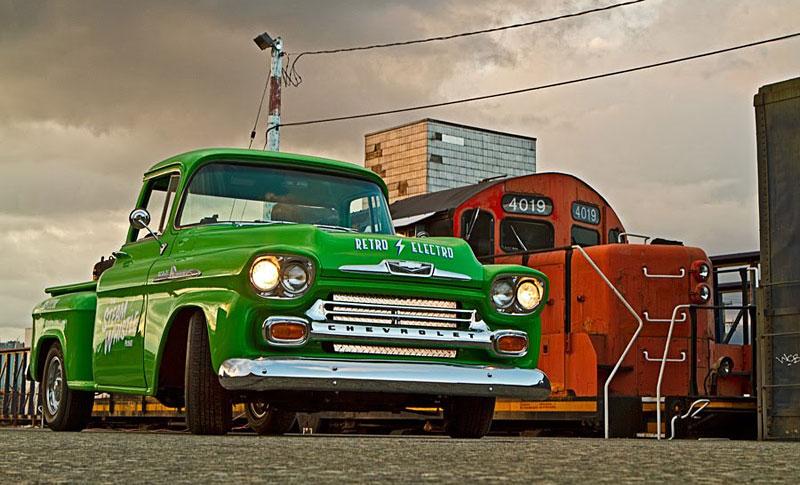 Retro Electro: 1958 Chevrolet Apache na elektřinu (video): - fotka 15