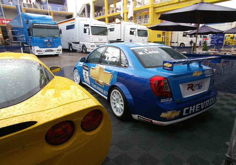 Reportáž: S Chevroletem na WTCC ve Valencii: - fotka 25