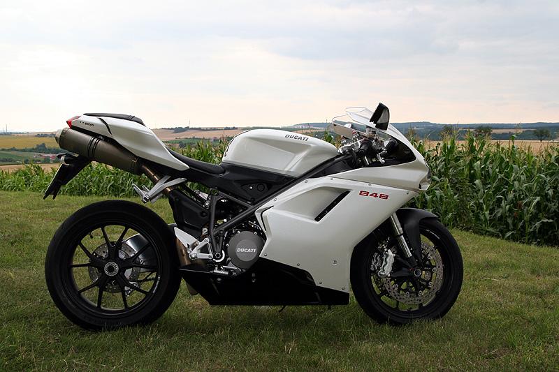 Top 10 roku 2009: Motorky: - fotka 11