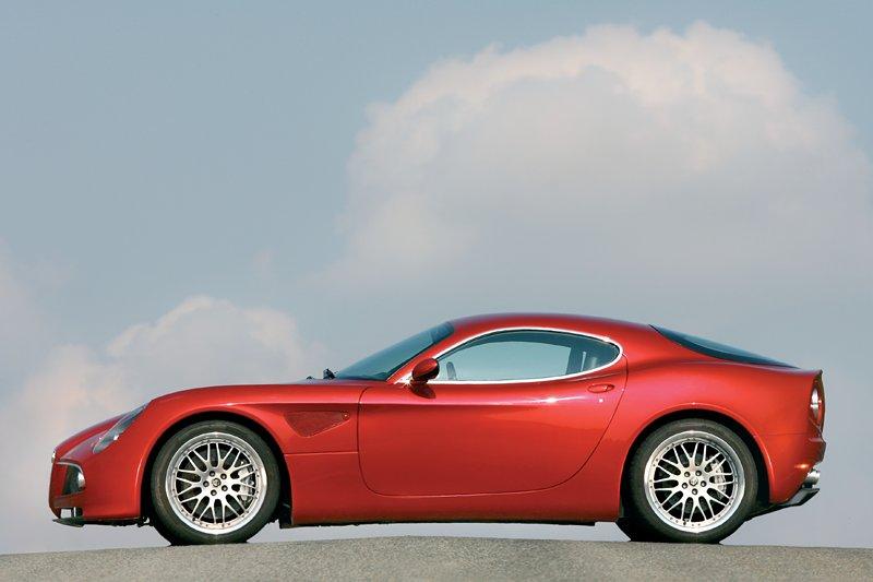 Pod lupou: Alfa Romeo 8C – včera a dnes: - fotka 57