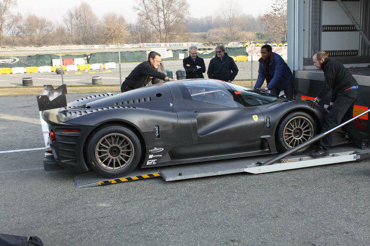 Ferrari P4/5 Competizione poprvé na trati: - fotka 11