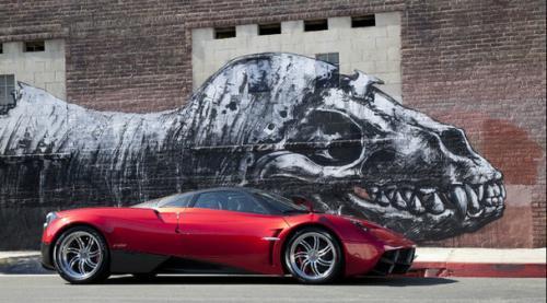 Pagani slibuje, že ve svých autech nechá dvanáctiválec a manuální převodovku: - fotka 5