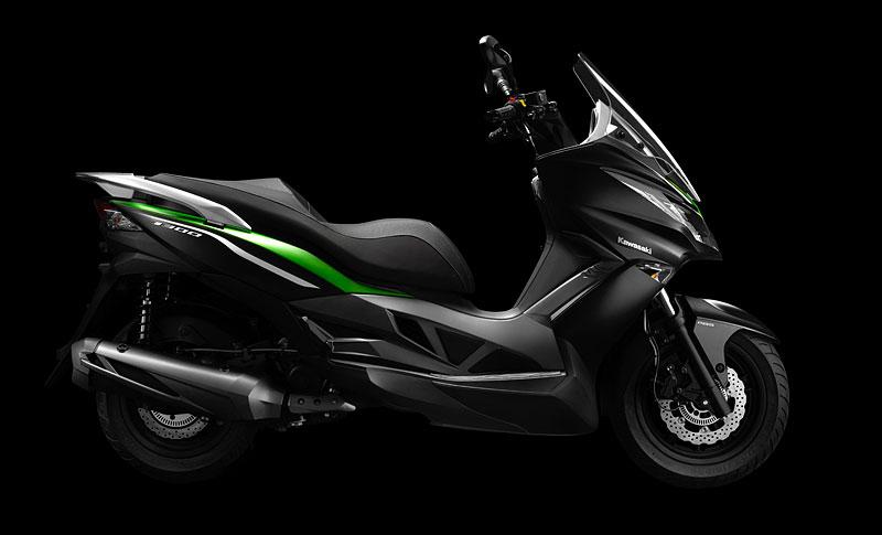 Kawasaki J300 - první