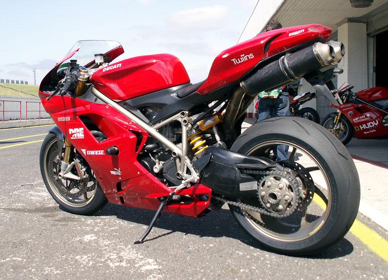 Ducati den - Autodrom Most 2009: - fotka 31