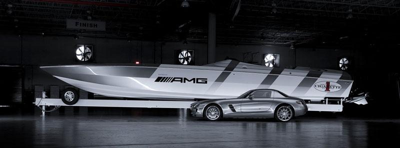 Mercedes-Benz SLS AMG inspirací pro rychlý motorový člun: - fotka 4