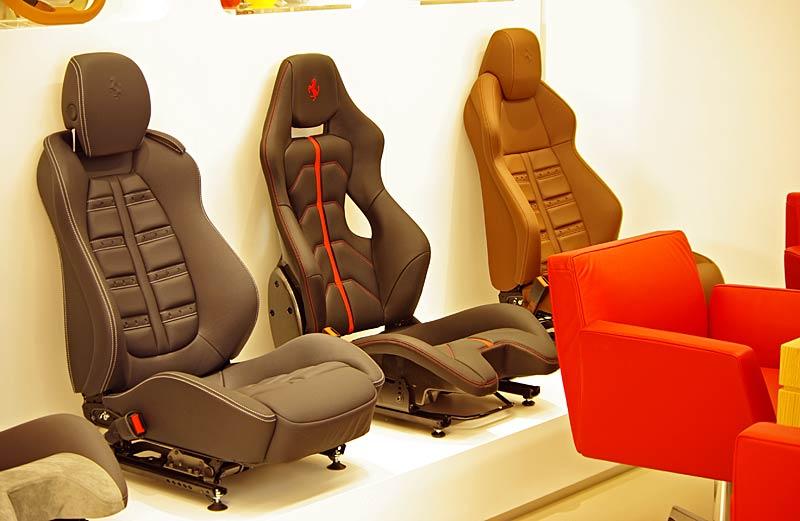 Felipe Massa otevřel v Praze showroom Ferrari: - fotka 32