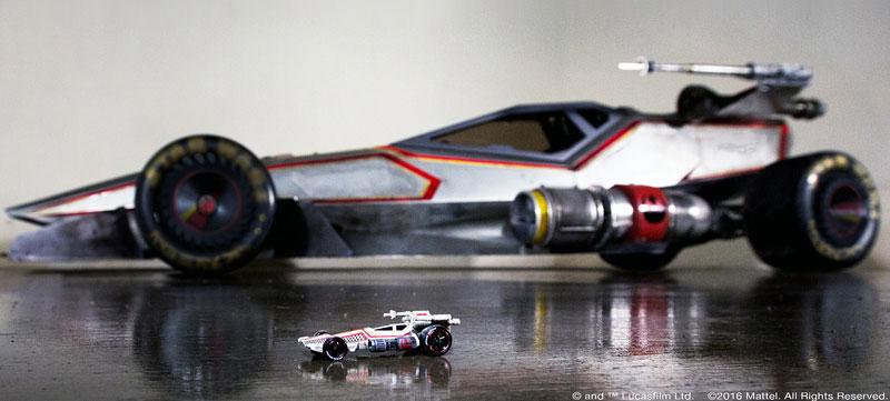 Hot Wheels X-Wing Carship: Vesmírná stíhačka na kolech (+video): - fotka 2