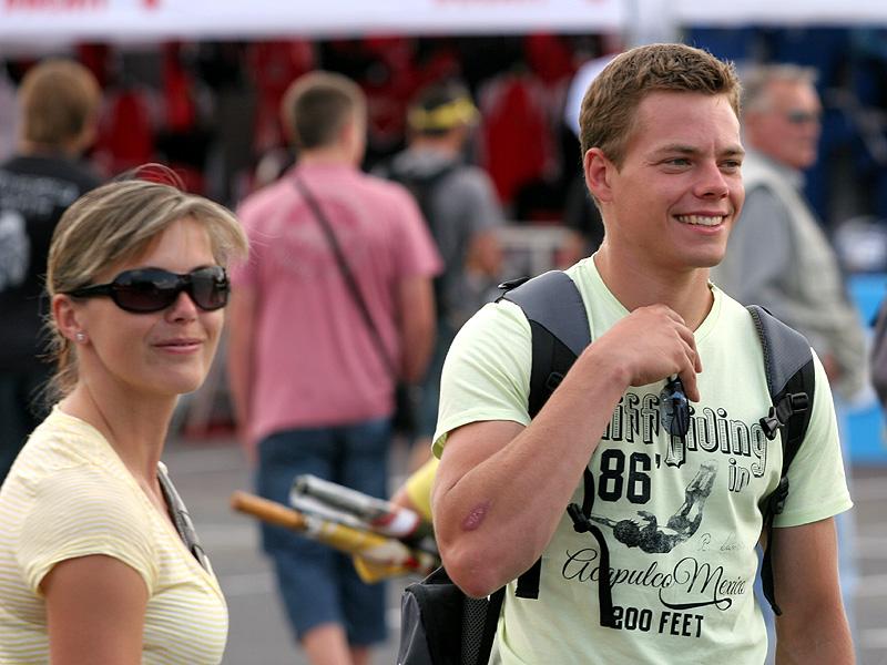 Víkend se Superbiky na brněnském okruhu (velká fotogalerie): - fotka 42