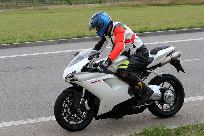 Top 10 roku 2009: Motorky: - fotka 14